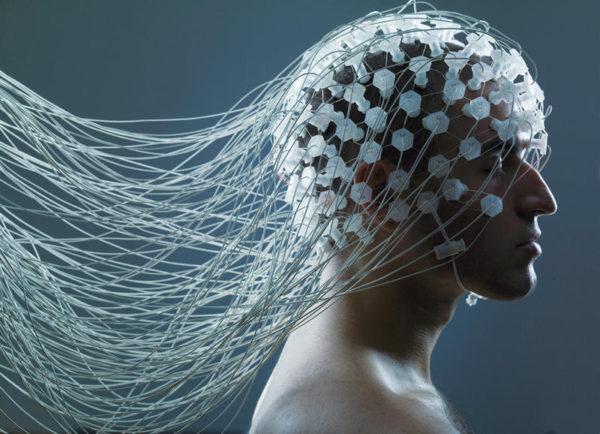 La colonización del cerebro humano. Una cuestión profesional y política fundamental