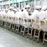 Un trabajo digno exige combatir la mentira de la «superabundancia de la mano de obra»